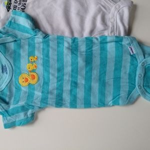Carter's Shirts & Tops - ✨ 5/$25✨👶 3-6 mo Gender Neutral Onesies